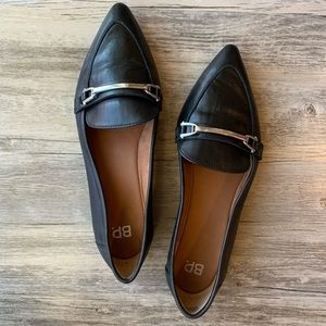 BP. Black Leather Pointed Toe Loafer Size 7.5